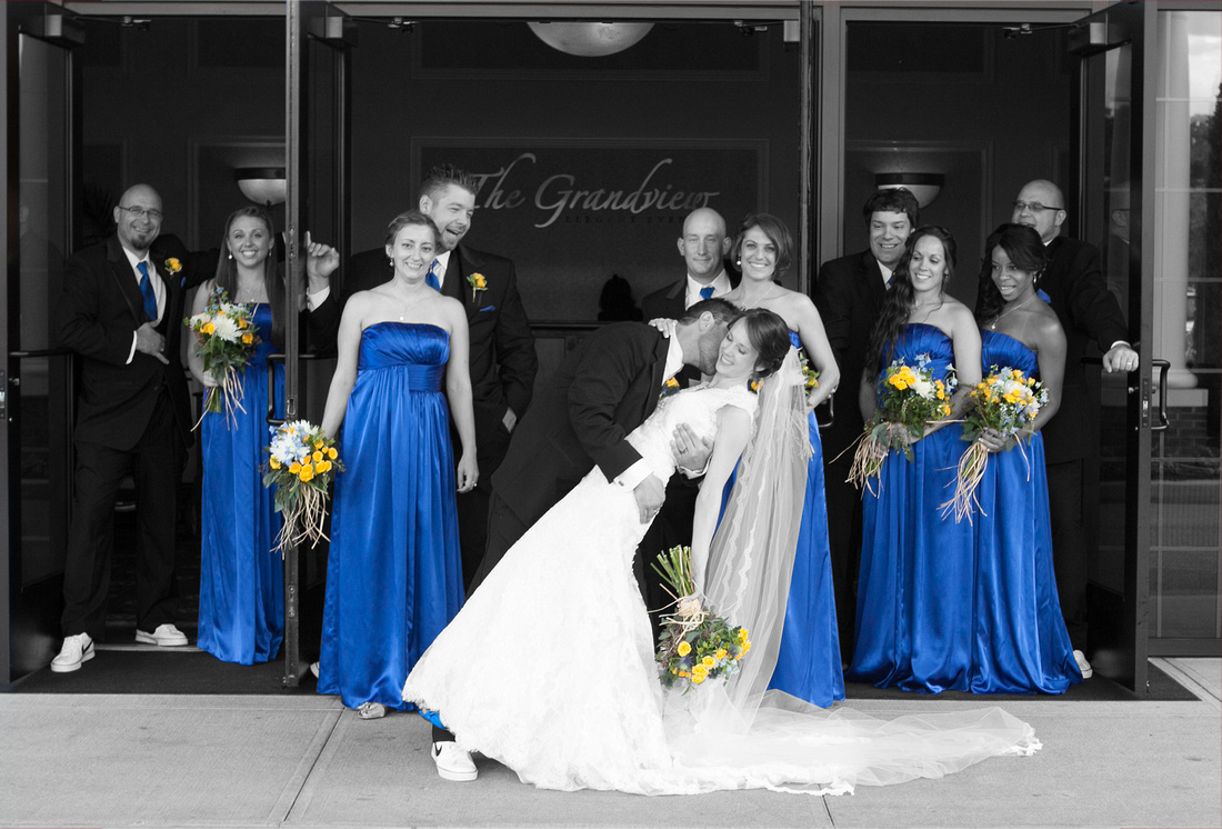 Bridal Party Pose with Special Effects - Grandview Poughkeepsie